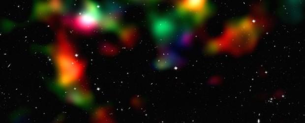 Als Einstein seine Allgemeine Relativitätstheorie entwickelte, dachte man fälschlicherweise, das Weltall sei statisch – eine Annahme, die zunächst im Widerspruch zur neuen Theorie stand. Der große Physiker schmuggelte daraufhin eine […]