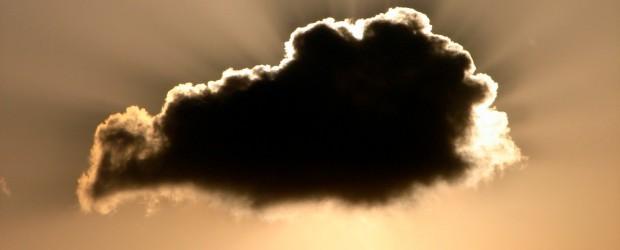 """Cloud Computing, die Datenverarbeitung """"in der Wolke"""", findet bei privaten Internet-Nutzenden ebenso wie in Wirtschaftsunternehmen immer mehr Verbreitung. Hierbei werden die Daten zumeist nicht mehr in eigenen Rechnern verarbeitet, sondern […]"""
