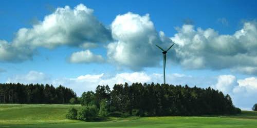 Experten der Universität Leipzig (UL) forschen seit kurzem gemeinsam mit Partnern aus Wissenschaft und Forschung an der verbesserten Leistungsfähigkeit von Anlagen zur Stromerzeugung aus regenerativen Energien. Im September dieses Jahres […]