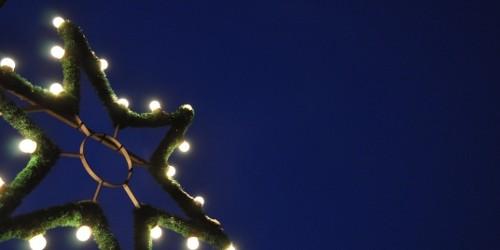 Bild: © Stihl024 / PIXELIO Related posts: Wir wünschen allen ein frohes und gesegnetes Weihnachtsfest 2010 Wir wünschen Ihnen und Ihren Angehörigen ein frohes und glückliches Weihnachtsfest Allen Lesern ein […]