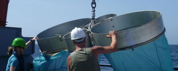 Nach neun Jahren ist im Winter 2011 mit der Kieler POSEIDON erstmals wieder ein deutsches Forschungsschiff zu einem wissenschaftlichen Einsatz im Roten Meer gewesen. Vier Arbeitsgruppen des Kieler Leibniz-Instituts für […]